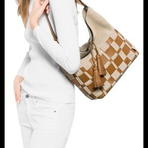Michael Kors Vivian woven Large Hobo Bag